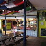 Bar und Außenbereich