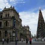 Casino und Weihnachtsbaum