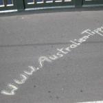 URL auf der Brücke